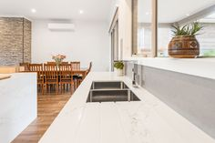Can you imagine cooking in this crisp white kitchen with Quantum Quartz benchtops? Butler Pantry, Custom Cabinets, Cabinet Design, Melbourne, Crisp, Kitchen Design, Custom Design, New Homes, Quartz