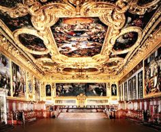 www.venicefreetours.com  The Senate Hall in Venice Doge's Palace