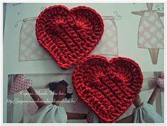 """"""" Pequeno Mundo , Meu lar..."""": Para as apaixonadas por corações...Pega a linha e agulha porque tem tutorial."""