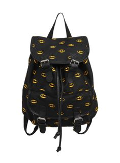 Slouch backpack with Batman logo print, one front pocket and buckle snap button closures. I NEED THISSS! Batman Bag, Batman Shirt, I Am Batman, Batman Stuff, Batman Minion, Batman Room, Batman Tattoo, Mochila Batman, Nananana Batman