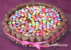 Pour aujourd'hui ce sera gâteau d'anniversaire tout simple au chocolat.  Mes petits loulous adorent les gâteaux au chocolat, et moi j'aime l...