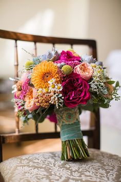 Red Orange Peach Daisies Dahlia Succulent Bouquet Flowers Bride Bridal Creative Colourful Mexican Outdoor Wedding http://www.binkynixon.com/