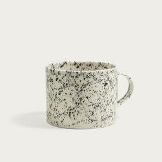 Ceramics on Miss Moss Ceramic Tableware, Ceramic Clay, Pottery Mugs, Ceramic Pottery, Miss Moss, Pottery Painting Designs, Christmas Gift Guide, Cute Mugs, Coffee Set