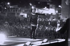 Worship Leader and Cancer Survivor Darlene Zschech Releases New Album: 'Before He Even Asks, My Answer is Yes—Here I Am, Send Me!'