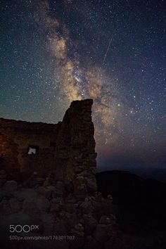 Parallel Worlds Camera: ILCE-6000 Lens: ---- Follow on Instagram: http://ift.tt/2drRvK7 Website: http://ift.tt/1qPHad3 and read how to see the Milky Way. Image credit: http://ift.tt/2dzfrg2 #MilkyWay #Galaxy #Stars #Nightscape #Astrophotography #Astronomy