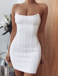 Black Dress Outfits, Classy Outfits, Cute Outfits, White Bodycon Dresses, Office Outfits Women Casual, Casual Dresses For Women, Clothes For Women, Fashion Killa, Fashion Beauty