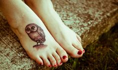 My owl tattoo from Harry Potter. It's part of the art from the British edition of Harry Potter and the Goblet of Fire Saga Harry Potter, Harry Potter Owl, Harry Potter Tattoos, Pretty Tattoos, Love Tattoos, New Tattoos, I Tattoo, Awesome Tattoos, Fearless Tattoos