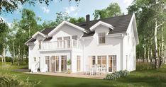 Villa Danderyd, en generös 2-plansvilla där köket har köksö och platsbyggd soffa. Veranda, balkong och takkupor. Se fler fakta, bilder och ritningar här! Home Fashion, House Floor Plans, Home Renovation, Villa, Interior And Exterior, Interior Design, Future House, Luxury Homes, Outdoor Living