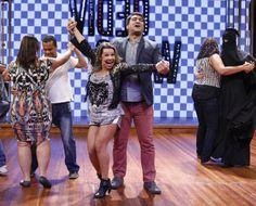Zeca Camargo e Fernanda Souza dançando.