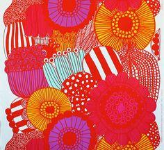 マリメッコ生地(布)SIIRTOLAPUUTARHA(シイルトラプータルハ/家庭菜園)商品画像
