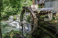 Gorgeous Photo Gallery Slide Show of the Wilburn Historical Grist Mill located in Fall River, Tenneessee and for sale. Fall River, My Dream, Kentucky, Tennessee, Swimming Pools, Families, Photo Galleries, Outdoor Structures, Game