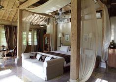 Tropical Javanese Joglo villa in Bali: Airy Bedroom