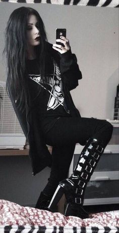 Perfect outfit. Black gothic boots goat pentagram jumper.