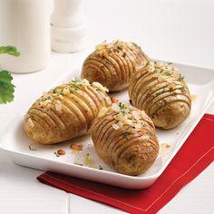 On lâche pas la patate! Fondue, Baked Potato, Cooking Recipes, Bread, Ethnic Recipes, Sauce, Vinaigrette, Brunch, Simple