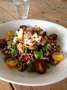 Quinoa salade met kip. - Puur Suzanne. | Blog over gezond, puur en lekker eten.
