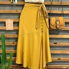 Classy Outfits, Chic Outfits, Summer Outfits, Mode Outfits, Skirt Outfits, African Fashion, Casual Chic, Blouse Designs, Casual Looks