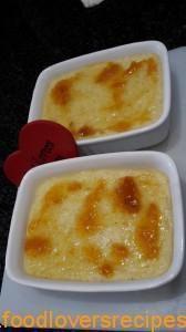 Gebakte Sagopoeding Sago Pudding Recipe, Pudding Recipes, South African Dishes, South African Recipes, Easy Desserts, Dessert Recipes, Kos, No Cook Meals, Sweet Recipes