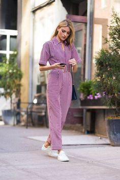 15 Jumpsuits to Shop Now - Street Style 😎 Edgy Outfits, Outfits For Teens, Fashion Outfits, Fashion Trends, Older Women Fashion, Womens Fashion, Ladies Fashion, Look Office, Mode Blog