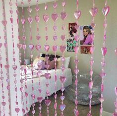 y2k indie room decor pink aesthetic inspo Cute Room Ideas, Cute Room Decor, Room Ideas Bedroom, Bedroom Decor, Gold Bedroom, Bedroom Vintage, Bedroom Inspo, Pastel Room, Uni Room