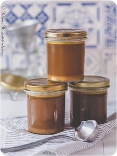Eifreie Mayonnaise im Thermomix Candle Jars, Candles, Tahini, Mayonnaise, Coffee Maker, Bbq, Homemade, Canning, Desserts