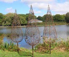 oxidados árboles de alambre de púas 2014