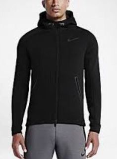 a9b520743a07 Men s Size LARGE Nike Therma Sphere Max Training Jacket 688475-010  Black Black Max