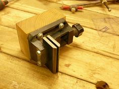 Little vise, modified with higher and wider jaws