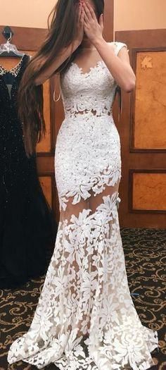Sexy White Mermaid Prom Dresses Lace Appliques Sheer Sleeveless Evening Gowns