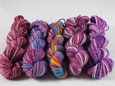 Mini skeins, handgefärbte  Sockenwolle, Yarn, sock yarn, blanket yarn, hand dyed yarn, crochet yarn, set of 5 von DeleesHandarbeiten auf Etsy