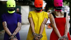 """Aktivisten protestieren weltweit für """"Pussy Riot"""""""
