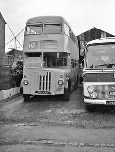 Ex BMMO XHA 4475 stands outside the premises of Homer's coaches Quarry Bank, Staffs. 4475 was painted an arresting shade of light blue Blue Bus, Red Bus, Michael Carter, Shades Of Light Blue, Double Decker Bus, Bus Coach, Busses, West Midlands, Commercial Vehicle