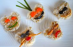 Cute rice & veggie snack-a great way to get those kids eating their vegetables! Healthy Veggie Snacks, Healthy Eating, Vegetarian Snacks, Vegan Food, Gluten Free Recipes, Vegan Recipes, Preschool Snacks, Vegan Dishes, Plant Based Recipes