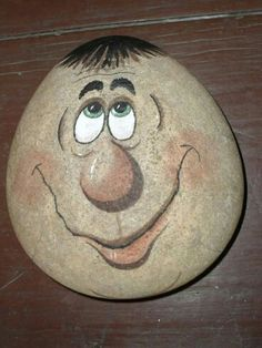 Easy Paint Rock For Try at Home (Stone Art & Rock Painting Ideas) Rock Painting Ideas Easy, Rock Painting Designs, Painting Patterns, Pebble Painting, Tole Painting, Pebble Art, Painting Stencils, Pebble Mosaic, Stone Crafts