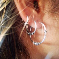 Bali Hoop Earrings, Sterling silver Hoops, Bali Earrings, 25mm Hoop Earrings, Pair of Bali Hoop Earrings Bali hoop earrings made in 925 sterling silver. Very boho and versatile to wear alone or with some other Bali hoop earrings. They are everyday earrings perfect for any occasion •