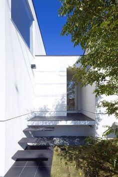 satoru hirota architects: house and atelier PTL