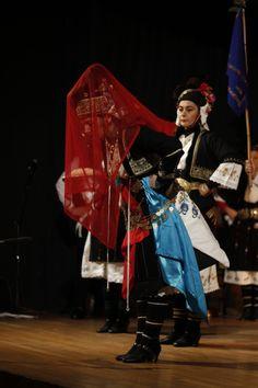 Traditional bride's costume from Αlexandria(Roumlouki), Imathia, central Macedonia, Greece Greek Traditional Dress, Traditional Outfits, Bride Costume, Folk Costume, Macedonia Greece, Republic Of Macedonia, Alexander The Great, Albania, Dance Costumes