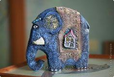 Поделка изделие Лепка Папье-маше Голубой слон Бумага Картон Клей Краска Кружево фото 1