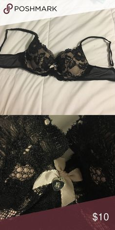 Victoria's Secret bra beautiful lace detailing gently used blush pink back with black lace Victoria's Secret Intimates & Sleepwear Bras