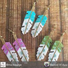 De jolies boucles d'oreilles #plumes en #perles #Miyuki ... On aime ❤️ Avec des…