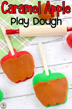 Are you looking for a fall play dough recipe to make with your kids? This Caramel Apple Play Dough is a creative sensory play recipe that will give your kids hours of imaginary and sensory fun! By squeezing, rolling, and squishing the dough, your children will develop their fine motor skills and strengthen their hand muscles too. Click on the picture to learn how to make and use this sensory play recipe! #sensoryactivity #sensoryplay #sensoryrecipe #playdough #playdoughrecipe