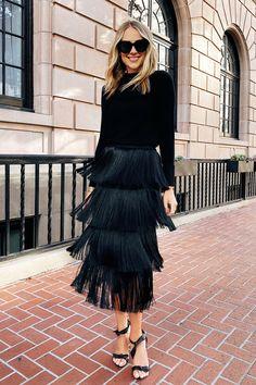 Fashion Jackson Wearing Black Sweater Black Sweater Black Fringe Skirt NYE Outfit Source by flying_suitcase clothing black Nye Outfits, Holiday Outfits, Fashion Outfits, Fashion Fashion, Fringe Fashion, Rock Fashion, Skirt Fashion, Fashion Clothes, Paris Fashion