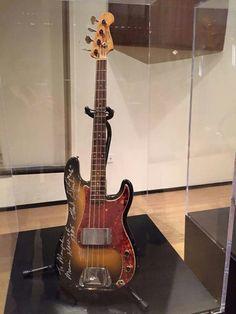Donald Duck Dunn 's Precision Bass