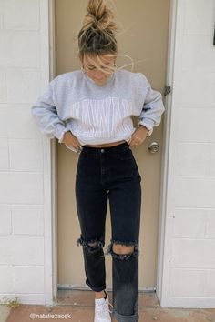 ☆p i n t e r e s t - - Outfit Casual School Outfits, Cute Comfy Outfits, Winter Fashion Outfits, Retro Outfits, Stylish Outfits, Simple Outfits, Cold Summer Outfits, Teen Fall Outfits, Lazy Outfits