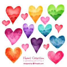 Pack of beautiful watercolor hearts Free Vector