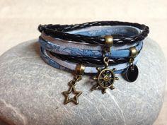 Bracelet Liberty, cuir et suédine noir et bleu : Bracelet par mimi-crapautine