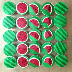 Life is too short, eat desserts: Watermelon Cupcakes