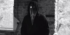 Can you solve this internet mystery? Creepy video contains hidden messages, GPS co-ordinates and shocking images. Creepy Gif, Something Wicked, Daily Funny, Weird World, Mystery, Funny Pictures, Image, Cyprus News, Plague Doctor
