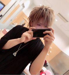 #まふまふ Music In Japanese, Japanese Boy, Dazai Osamu, Cover Songs, Anime Neko, Life Pictures, Beautiful Voice, Original Song, Hatsune Miku