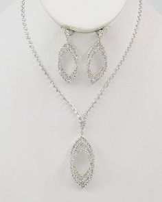 Designer Crystal Discount Necklace Set Passion - beautiful crystal bridal wedding & bridesmaid necklace set on sale $26.00 only Perfect as a prom crystal necklace set for that special prom dress / gown.