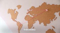 Que tal um mural mapa pra marcar aqueles lugares que vc sonha conhecer e os que vc já teve a oportunidade de viver ... pendure fotos das viagens .. dinheiro.. orações ...😂 ou só coloque ele em um cantinho especial.. pq fica lindo na decoração! Marque as amigas mochileiras que vão amar essa ideia ... e não esquece de ver o link aqui da bio que tem essa e mais 2 dicas com cortiça ! 🌎💕✈️